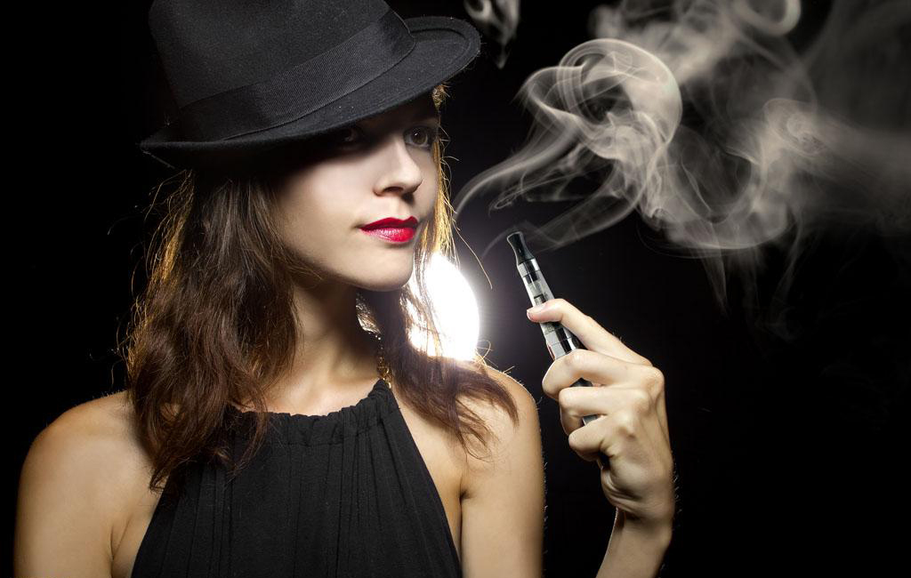 2_The_advantages_of_electronic_cigarette_adn_How_to_choose_the_right_e-liquid_e-juice_KKECM